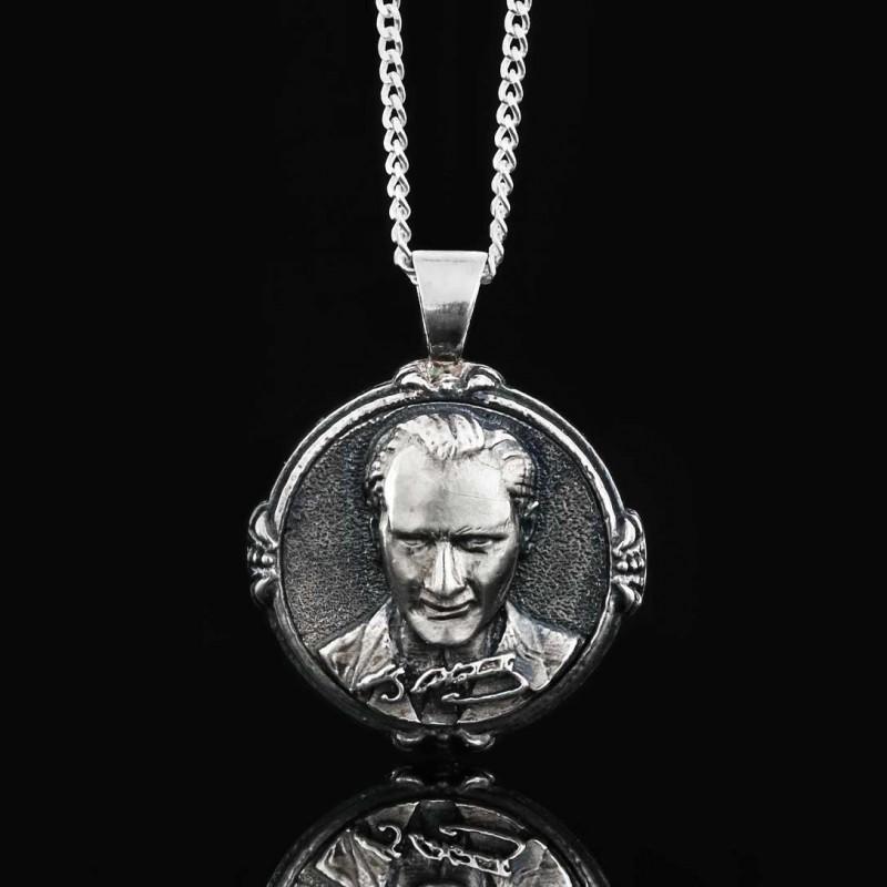 925 Ayar Gümüş Atatürk Silüeti Kolye