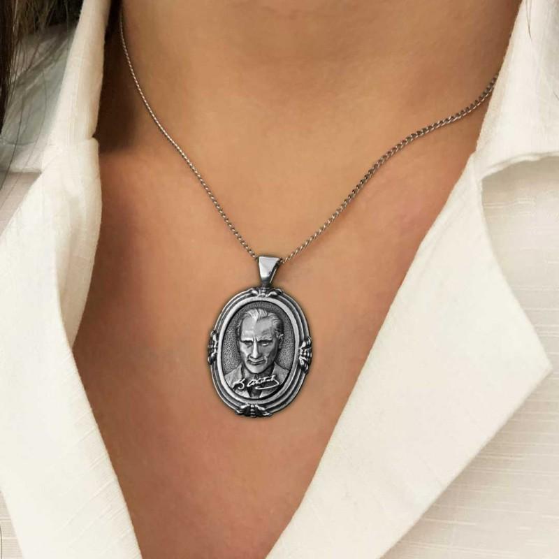 Atatürk Silüeti Kolye Gümüş