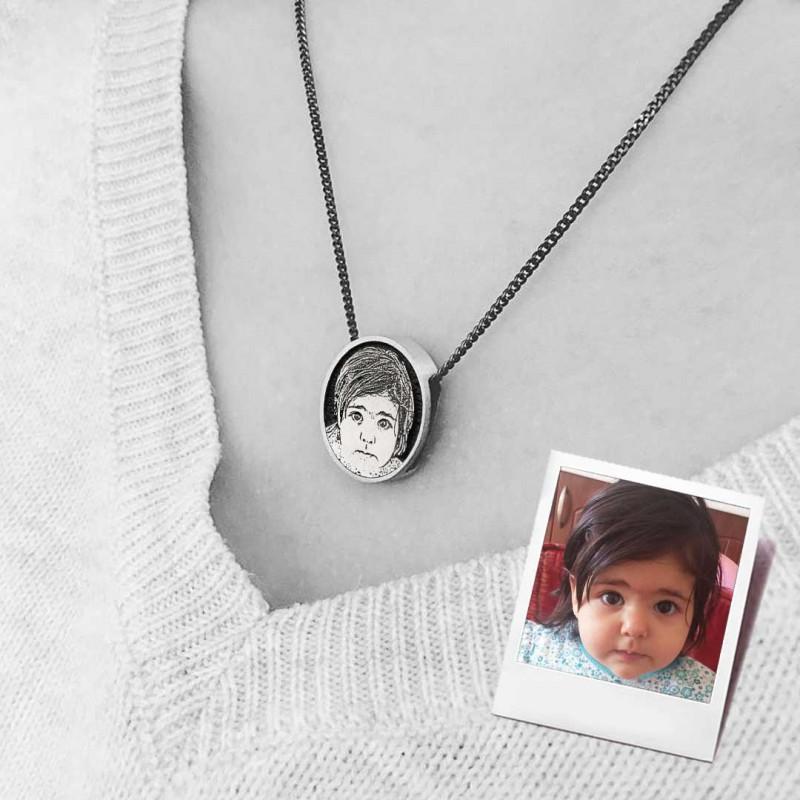 Fotoğraflı Bebek Kolye