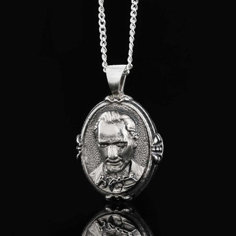 Kemal Atatürk Gümüş Kolye